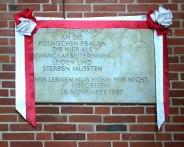 Gedenktafel der gefallenen Zwangsarbeiterinnen